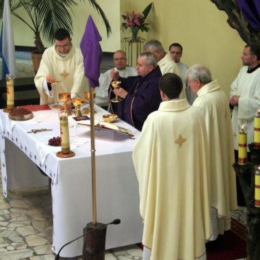 Msza Pontyfikalna z Biskupem