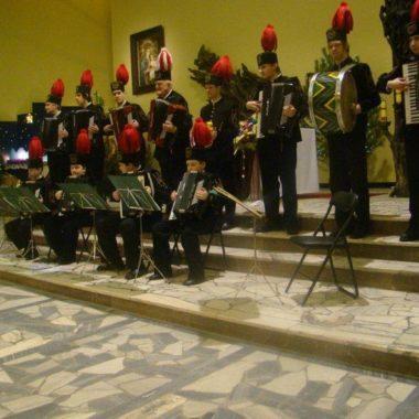 Występ zespołu akordeonistów