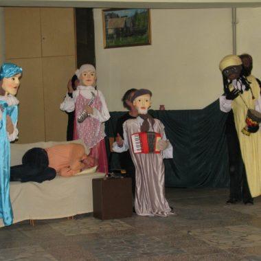 Występ grupy teatralnej WALIZKA