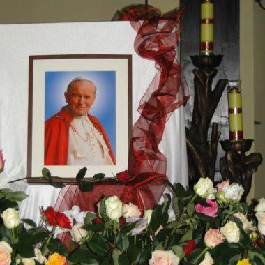 Czuwanie przed kanonizacją Jana Pawła II